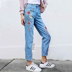 Gloria Embroidery Floral Jeans ($32) ❤ liked on Polyvore featuring jeans, floral jeans, floral printed jeans, checkered jeans, flower print jeans and embroidery jeans