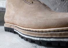 Šou musí pokračovat....Festovní pohorky se vyvíjejí... Bushcraft, Ankle, Boots, How To Wear, Fashion, Crotch Boots, Moda, Wall Plug, Fashion Styles