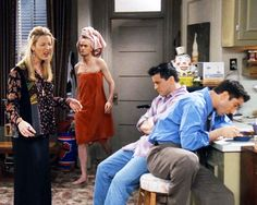 Oh my God, this is the best picture ever. Haha look at Chandler and Phoebe!