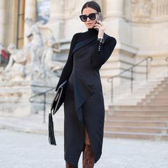 Midi Turtleneck Black Dress Fall Iinspo - Total Street Style Looks And Fashion Outfit Ideas Fashion Casual, Look Fashion, Autumn Fashion, Fashion Outfits, Womens Fashion, Net Fashion, Chloe Fashion, Black Turtleneck Outfit, Street Chic