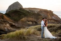 Oregon wedding photographer, oregon wedding photographer, Wedding posing, posing, beach wedding, wedding dress, strapless wedding dress, summer wedding
