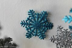 Sizzix Tutorial | Snowflake Chandelier by Monika Baptista