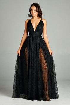 -+Sleeveless+ -+Laced+Maxi+Dress -+Low+Back -+Deep+Plunging+Neckline -+Back+Zipper+ -+Back+Straps+ -+Fits+True+To+Size++  Check+our+Sizing+Charts+for+sizing+info+