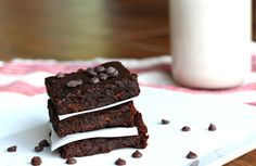 Foodie Friday: Double Chocolate Sweet Potato Protein Brownies {Vegan Option, Gluten Free} | The Fit Foodie Mama