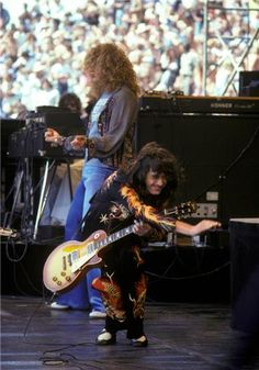 Robert Plant and Jimmy Page of Led Zeppelin #RobertPlant #JimmyPage #LedZeppelin #LedZep #Zep