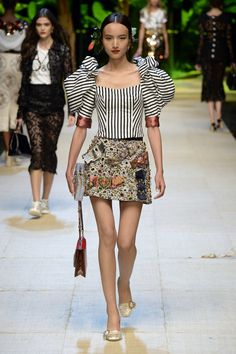 Dolce & Gabbana   Ready-to-Wear Spring 2017   Look 45