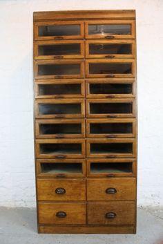 Vintage Oak 1920/30s 20 Drawer Haberdashery Cabinet