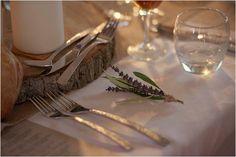 lavender wedding placesettings   Image by Awardweddings
