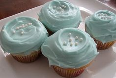 CUPCAKES Magnolia Bakery Style Cupcakes