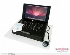 Laptop, notebook, tort w kształcie notebooka, tort w kształcie laptopa, tort dla informatyka, tort dla pracownika, tort dla szefa, myszka komputerowa, śmieszne torty, Tarnów