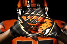 Oregon State unveils new logo and uniforms in major re-branding effort [Gallery] http://gamedayr.com/gamedayr/oregon-state-unveils-new-logo-and-uniforms-in-major-re-branding-effort/