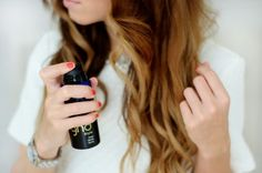 College Gloss: Top 3 Miracle Products for Wavy Hair - Modern Natural Wavy Hair, Natural Hair Styles, Easy Hairstyles For Long Hair, Cool Hairstyles, New Hair, Your Hair, Best Hair Care Products, Wavy Hair Products, Dramatic Hair
