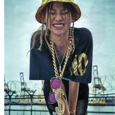 Styling with #GENTLEMONSTER 'Show me the swag' in #Voguegirl Magazine Product : #Alleycat . . #shooting #photography #magazine #styling #hipster #hiphop #fashion #pic #wild #street #streetfashion