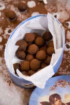 Sweet Recipes, Dog Food Recipes, Dessert Recipes, Desserts, Tasty Chocolate Cake, Chocolate Truffles, Snickers Cheesecake, Mango, Homemade Candies