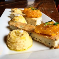 At Brooklyn Winery's Williamsburg wine bar, we bring delicious food and great wine together under one roof. Next time you're in, try our Roasted Garlic Hummus with Sesame-Cilantro Shortbread and Apricot Chutney.
