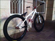 Customizing Your Bicycle Rims Downhill Bike, Mtb Bike, Bmx Bikes, Cycling Bikes, Cool Bikes, All Mountain Bike, Mountain Bike Reviews, Mountain Bikes For Sale, 24 Bmx