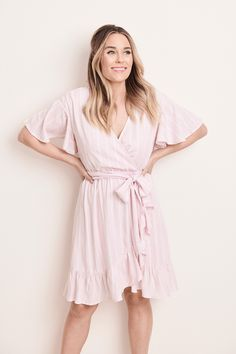 Turn on the charm in this women's LC Lauren Conrad dress. Pink Spring Dresses, Blush Pink Dresses, Spring Outfits, Work Outfits, Lauren Conrad Hair, Lauren Conrad Style, Celebrity Casual Outfits, Celebrity Style, Pink Dress Casual