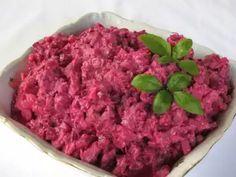 Cviklový šalát • Recept | svetvomne.sk Celery Salad, Greek Yogurt, Beets, Meal Prep, Ale, Raspberry, Food And Drink, Homemade, Vegan