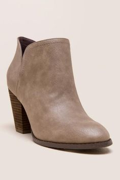 best sneakers bccc2 dff5c Restricted - New York Chopout Ankle Bootie