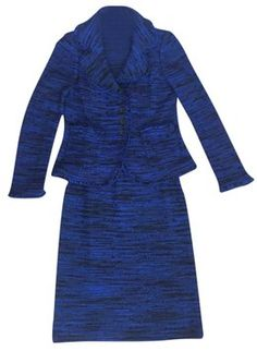 St. John Knit. Get the lowest price on St. John Knit and other fabulous designer clothing and accessories! Shop Tradesy now