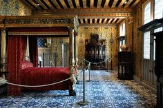 Château de Blois, France, Chambre de Henri III. Richly decorated, the Henri III Room of the Château de Blois is, according to legend, the one where the Duke of Guise was assassinated in 1588. © Sarah Dusautoir - Fotolia.com