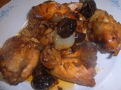 Pollo con Ciruelas Pasas Comida Israeli, Jewish Recipes, Spanish Food, Poultry, Chicken Recipes, Pork, Food And Drink, Healthy Recipes, Healthy Food