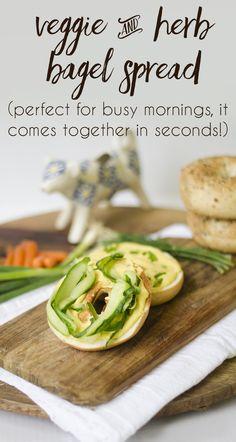 Veggie & herb bagel