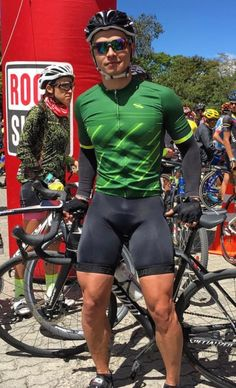 Cyclistlover from Groningen Cycling Wear, Bike Wear, Cycling Outfit, Men's Cycling, Men In Tight Pants, Tight Leather Pants, Lycra Men, Tights Outfit, Sport Man