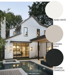 Modern Farmhouse Style Exterior Paint Colors Paint your home's exterior with confidance with these modern farmhouse exterior paint color combinations. Perfect for new build construction or renovations! Farmhouse Exterior Colors, White Exterior Paint, White Exterior Houses, Exterior Paint Colors For House, Modern Exterior, Outside House Paint Colors, Contemporary Farmhouse Exterior, House Exterior Color Schemes, Ranch Exterior