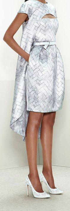 Sfilata Prabal Gurung New York - Pre-collezioni Autunno-Inverno - Vogue Chic Outfits, Spring Outfits, Fashion Outfits, Baptism Dress, Runway Fashion, Womens Fashion, Mode Chic, Prabal Gurung, Fashion Sewing