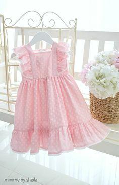 Baby Girl Dress Design, Little Dresses, Little Girl Dresses, Girls Dresses, Toddler Dress, Baby Dress, Smocked Baby Clothes, Unicorn Dress, Kids Frocks