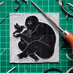 New Free Printmaking linocut Popular Printmaking is is essential creating artworks by printer, usually on paper. Printmaking typically includes simply the p Gravure Illustration, Art Et Illustration, Linocut Prints, Art Prints, Lino Art, Linoprint, Wood Engraving, Animal Design, Architecture Art