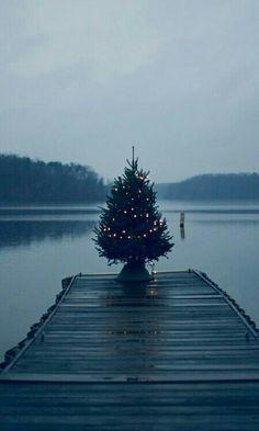 CHRISTMAS ON THE DOCK