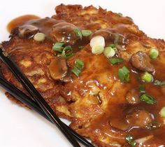 egg foo yong, i'm going to try this with egg whites. Easy Chinese Recipes, Asian Recipes, Asian Foods, Oriental Recipes, Oriental Food, Mexican Recipes, Fish Recipes, Ethnic Recipes, Chicken Egg Foo Young Recipe