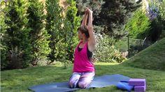 Kímélő, 10 perces jóga kezdőknek - 5 gyakorlat, amit végezz el minél gyakrabban, hogy fittebb és frissebb legyél - Nagyszülők lapja Youtube, Youtubers, Youtube Movies