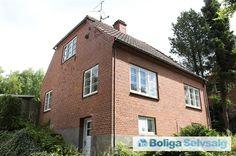 Stationsvej 40, Brejning, 7080 Børkop - Klassisk villa med charmerende udsyn #villa #børkop #selvsalg #boligsalg #boligdk