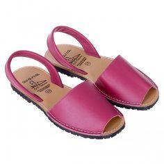 Sandale AVARCA din Piele Roz Slip On, Shoes, Fashion, Sandals, Moda, Zapatos, Shoes Outlet, Fasion, Shoe