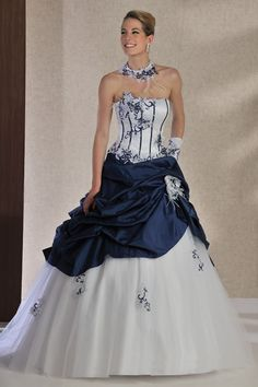 Robe de mari e noire et blanche robes de mari e et for Robes d occasion pour les mariages plus la taille