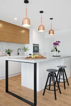 Magnificent Copper and Rose Gold Kitchen Themes Decorations Scandinavian Kitchen, Scandinavian Interior Design, New Kitchen Cabinets, Kitchen Flooring, Elegant Kitchens, Cool Kitchens, Bespoke Kitchens, Rose Gold Kitchen, Kitchen Sink Design
