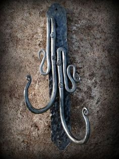 Items similar to Rustic hand forged wrought iron blacksmith decorative hooks- leaf, swirl on Etsy Blacksmith Tools, Blacksmith Projects, Metal Projects, Metal Crafts, Welding Projects, Wrought Iron Decor, Forging Metal, Iron Work, Metal Art