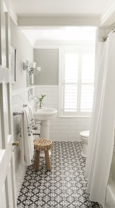 Bathroom Design : Fabulous Modern Bathroom Ideas Black And White Bathroom Ideas Bathroom Vanities Bathroom Designs 2017 Marvelous bathroom images 2017 Bathroom Reno Ideas' Trendy Bathroom Tiles' Bathroom Remodel Pictures plus Bathroom Designs Bad Inspiration, Bathroom Inspiration, Bathroom Inspo, Bathroom Ideas Uk, Cloakroom Ideas, Restroom Ideas, Bathroom Updates, Bathroom Organization, Kitchen Ideas