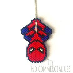 Beautiful Pearls of Spiderman Miyuki Seed Bead Patterns, Peyote Patterns, Beading Patterns, Perler Bead Designs, Seed Bead Projects, Beading Projects, Miyuki Beads, Art Perle, Beaded Crafts
