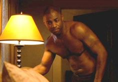 And can we talk about how he only had one sex scene in The Wire. ONE. What is wrong with humanity?? | 26 Reasons To Give Your Life Over To The Glory That Is Idris Elba