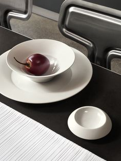 Photoshooting for Hering Berlin. Be Still, Berlin, Plates, Tableware, Licence Plates, Dishes, Dinnerware, Griddles, Tablewares