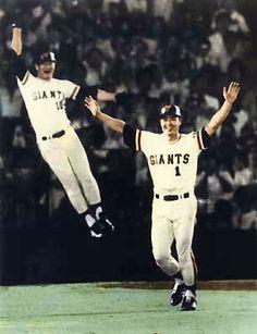 Baseball League, Sports Baseball, Baseball Players, Softball, Baseball Cards, Yomiuri Giants, Japanese Baseball Player, Sport Icon, My Childhood Memories