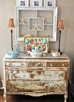 very shabby dresser.great for a beach house Coastal Homes, Coastal Decor, Coastal Style, Seaside Style, Home Design, Interior Design, Summer Decoration, Home Decoration, Cosy Home
