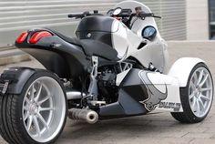 BMW Powered, 175hp Trike: GG Taurus | BMW Motorcycle Magazine Three Wheel Motorcycles, Bmw Motorcycles, Custom Motorcycles, Motos Bmw, Custom Street Bikes, Custom Trikes, Reverse Trike, Futuristic Motorcycle, Trike Motorcycle