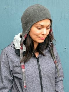Daniela from On the Cutting Floor presents this easy project the Reversible Wool Hat sewing tutorial. An easy-to-make reversible wool beanie hat with ear flaps at WeAllSew. Fleece Hat Pattern, Hat Patterns To Sew, Sewing Patterns Free, Clothing Patterns, Sewing Tutorials, Sewing Projects, Free Pattern, Skirt Patterns, Dress Tutorials