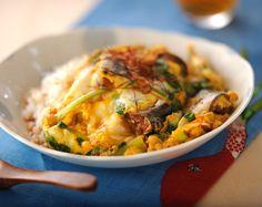 サンマ缶のピリ辛卵とじ丼のレシピ・作り方 - 簡単プロの料理レシピ | E・レシピ