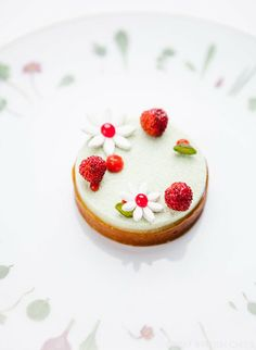 Pistachio and Wild Strawberry Field - Chelsea Flower Show inspired menus from Tom Aikens and Alain Ducasse